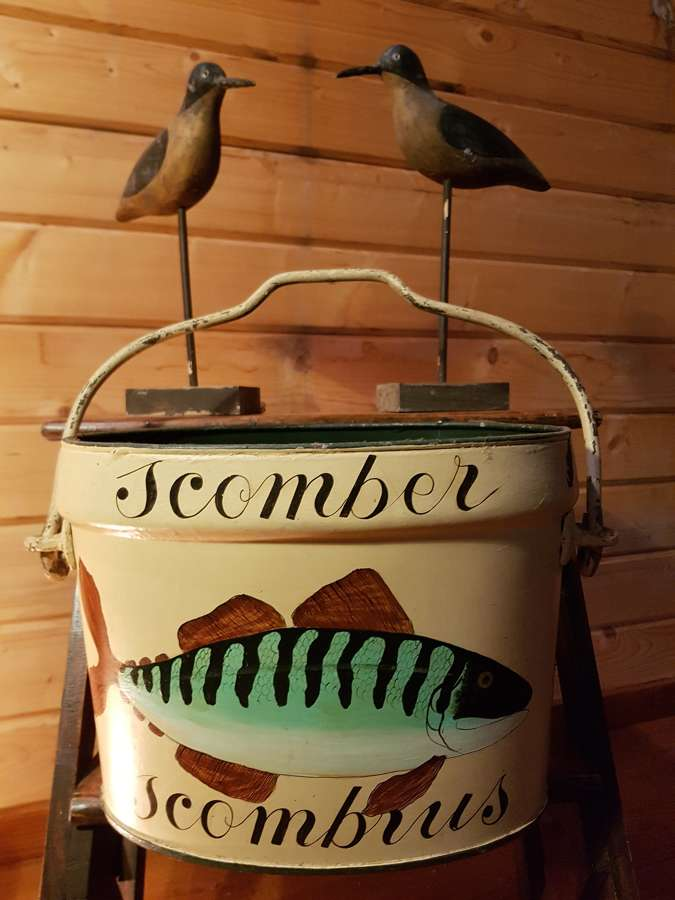 1950's folk art bucket