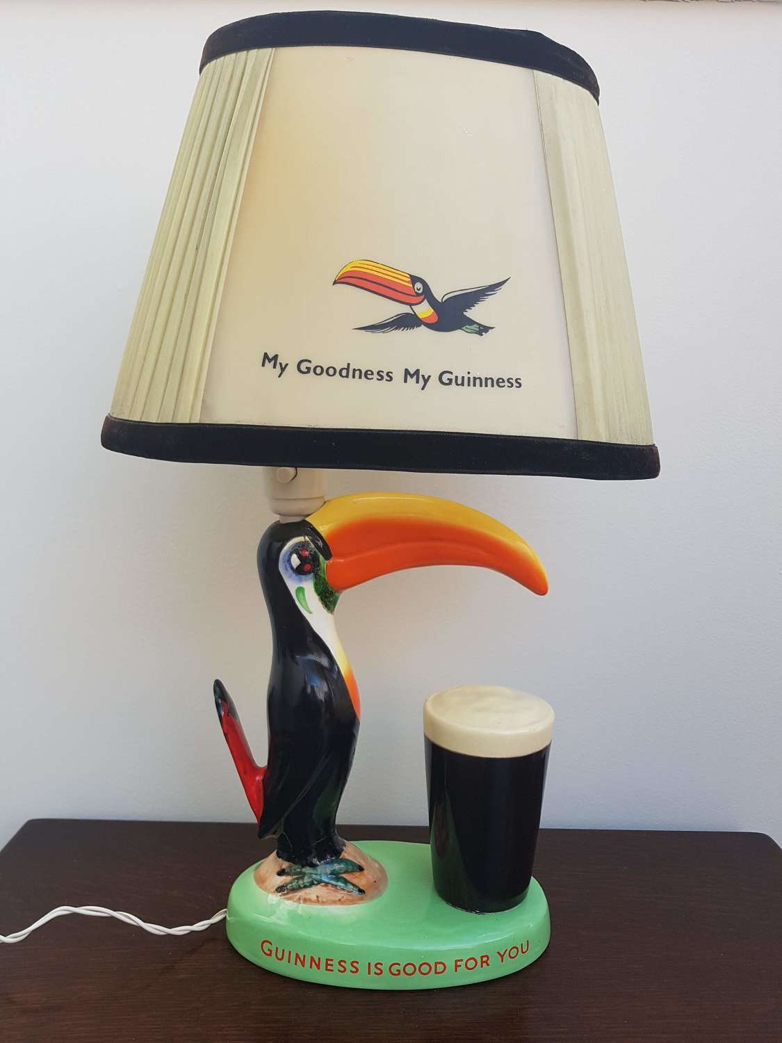 1950's Arklow pottery Guinness Toucan lamp