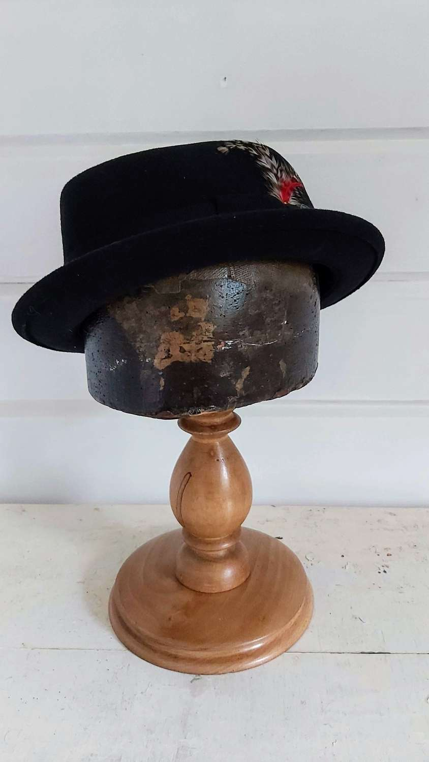Antique Milliners Hat block stand