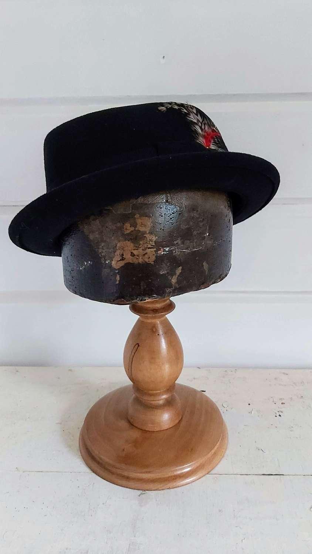 Antique Milliners Hat block stand