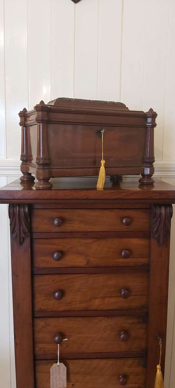 Victorian inlaid mahogany table top box