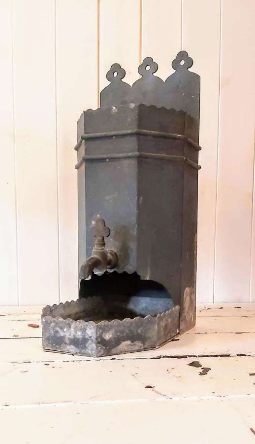 Mid 19th century Gothic revival zinc water font